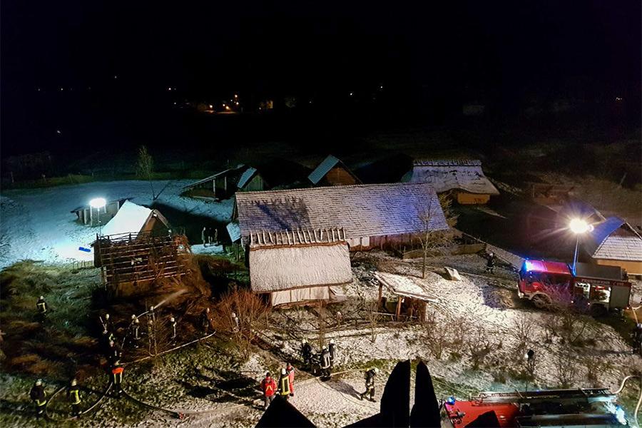 Brand eines Gebäudes im Geschichtspark Bärnau-Tachov